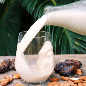 Almond Vanilla Mylk