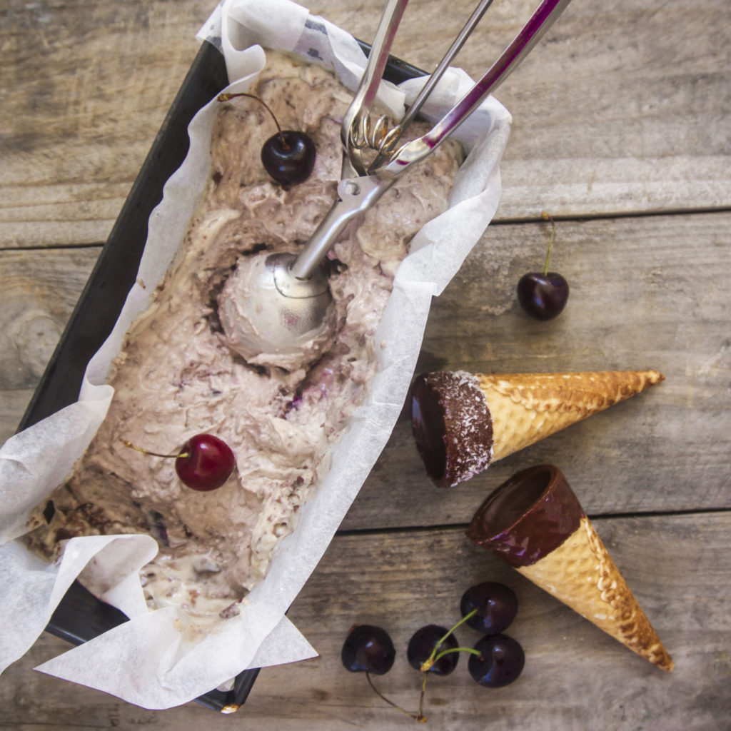 Cherry Chocolate Ice Cream | vegan • refined sugar-free