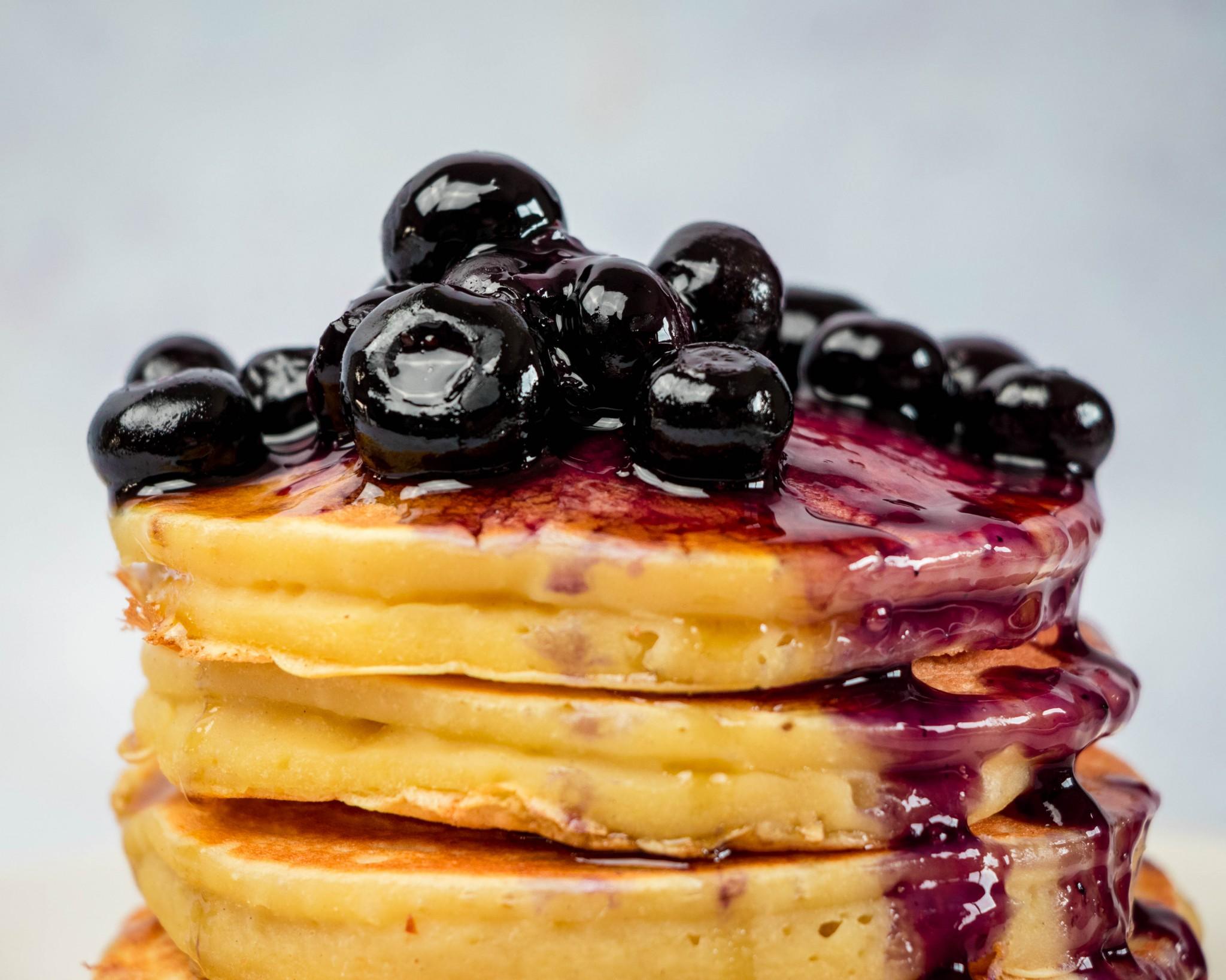 The Fluffiest Vegan Pancakes